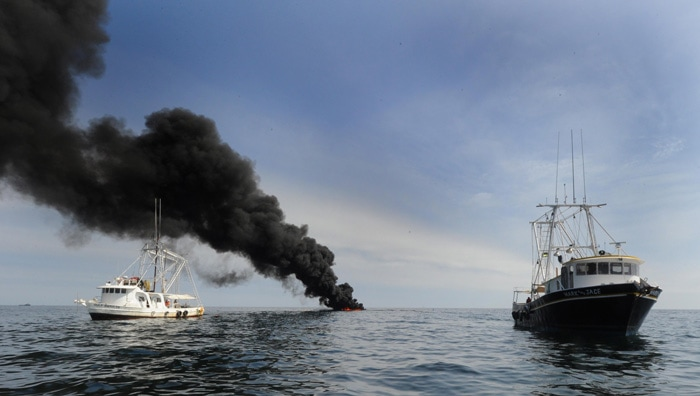 Boat-Fires--1