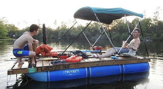 DIY-Pontoon-Boat